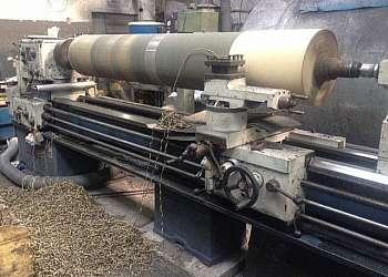 Usinagem de cilindros flebográficos